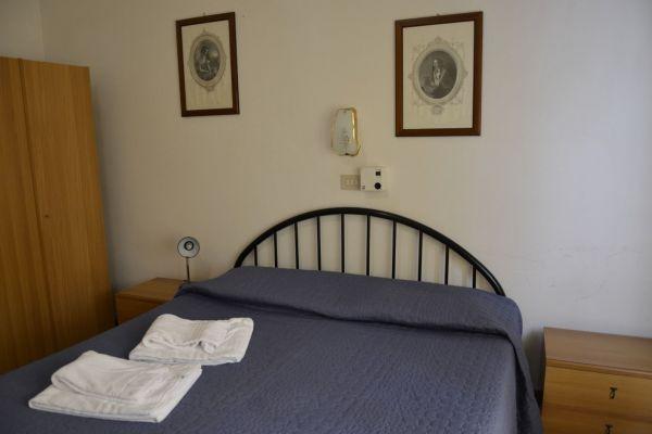 appartamenti-vacanze-terme-residence-poggio-al-lago-lazise-lago-di-garda02D283AB0E-1C4E-AF65-C797-DC501AF62703.jpg