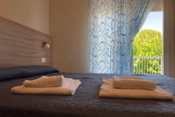 camere-residence-poggio-al-lago-garda02C658BBF2-617B-987B-869D-87EF98811AE4.jpg