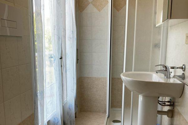 camere-residence-poggio-al-lago-garda05C2A1D5CC-03E8-5944-0694-D69364C6588F.jpg