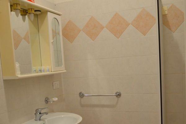 appartamenti-vacanze-terme-residence-poggio-al-lago-lazise-lago-di-garda04F6C7A0EC-6F3C-21EE-C344-1E559A0154C4.jpg