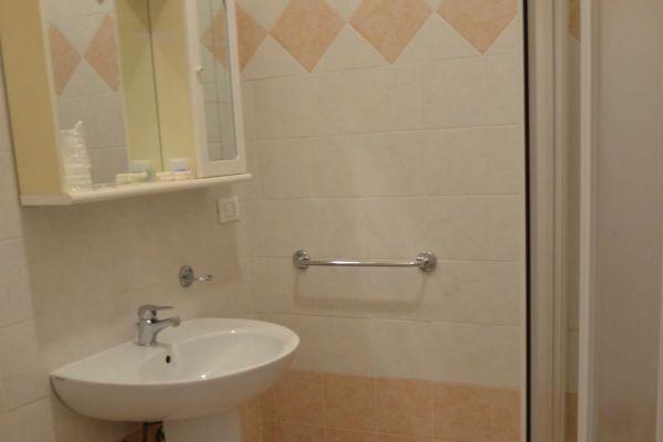 appartamenti-vacanze-terme-residence-poggio-al-lago-lazise-lago-di-garda053C420191-CB78-81AF-56EE-43B97168D0F3.jpg