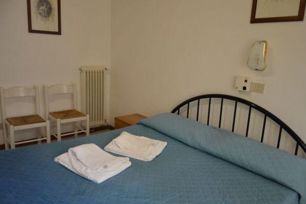 appartamenti-vacanze-terme-residence-poggio-al-lago-lazise-lago-di-garda063DD9E1D1-D39B-291D-55C9-EF546F414635.jpg