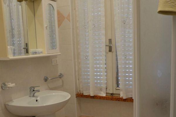 appartamenti-vacanze-terme-residence-poggio-al-lago-lazise-lago-di-garda0680B21B6D-671A-0980-1A7D-8EB022D4C076.jpg